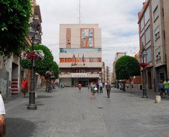 Ayuntamiento-de-Mislata,-situado-en-la-plaza-Mayor