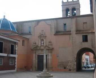 Iglesia-de-la-Asunción-en-mudanzas-Alacuas