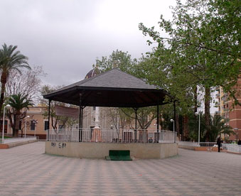 Plaza-de-la-ermita-en-mudanzas-Picassent