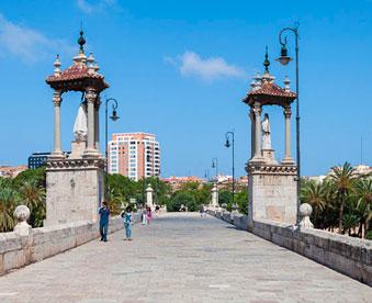 Puente-del-mar-de-Valencia en mudanzas valencia